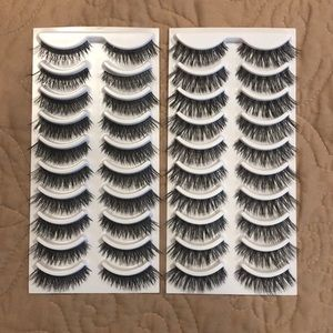 Other - 20 Pairs of Lashes